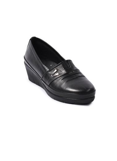 Ayakmod 244 Siyah Kadın Hakiki Deri Günlük Ayakkabı Siyah